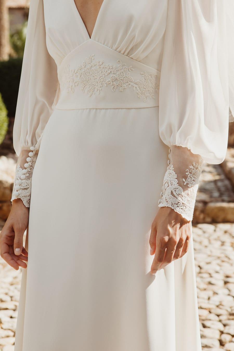 Vestido de novia vintage detalle encajes