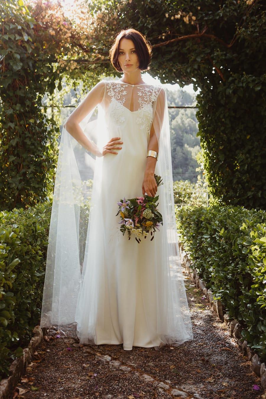 Vestido de novia vintage capa