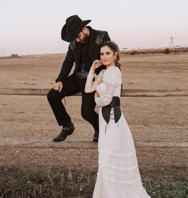Vestido de época en boda temática del Far West