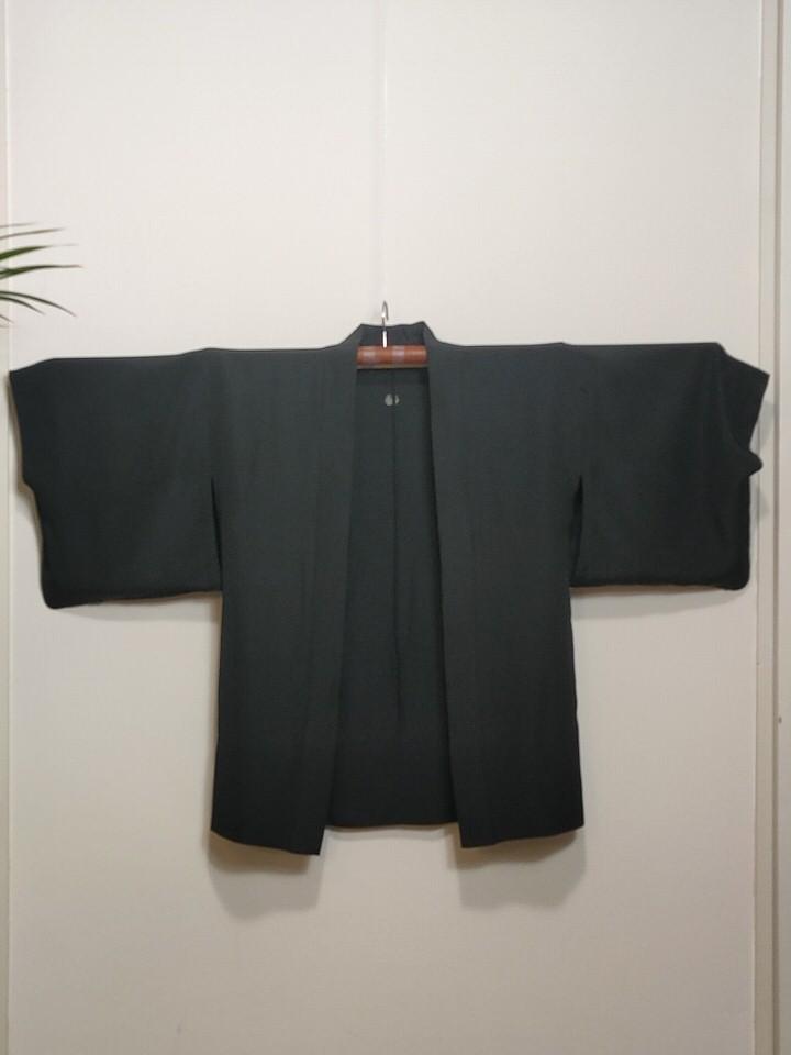haori-negro-liso-delante02