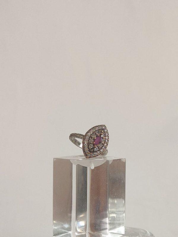 anillo-isabelino-rojo-rombo-3-DARIA