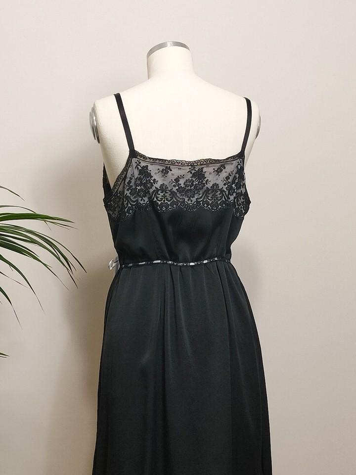 combinacion-antigua-seda-encaje-negro-06.jpg