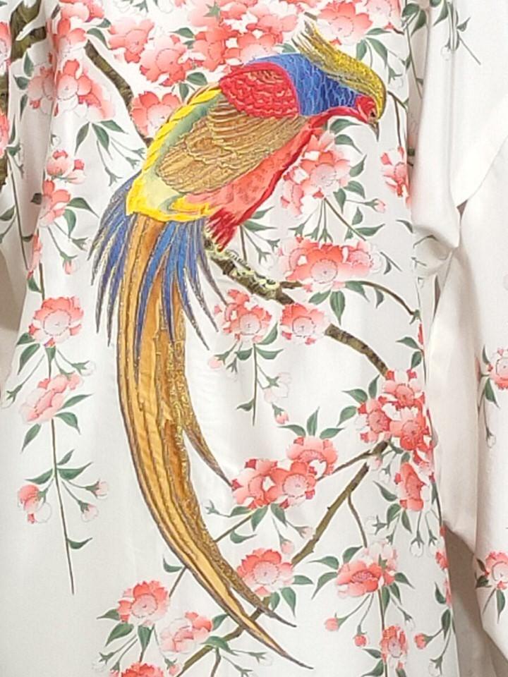 detalle-borado-pajaro-kimono