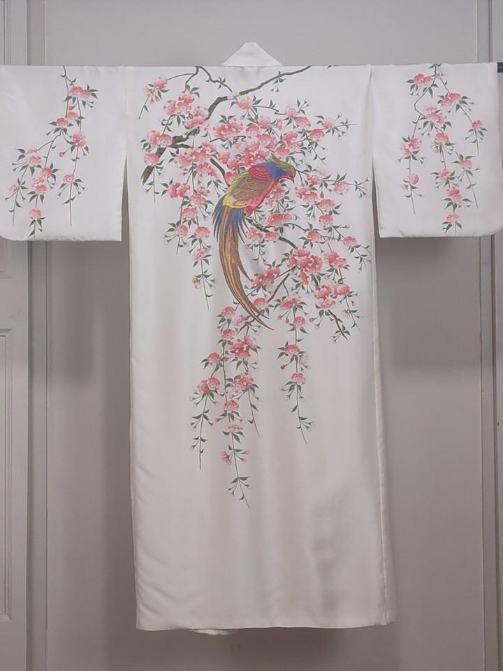 kimono-bordado-novia