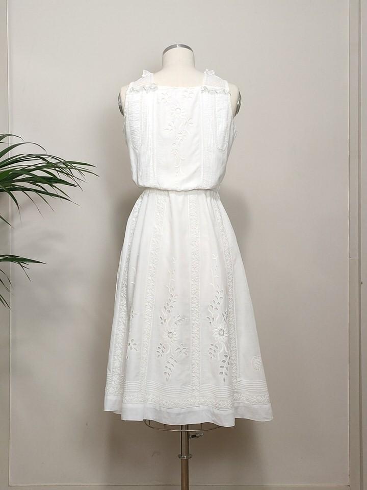 vestido-lencero-encajes-antiguos