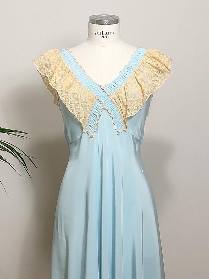 vestido-lencero-largo-seda-azul-02.jpg