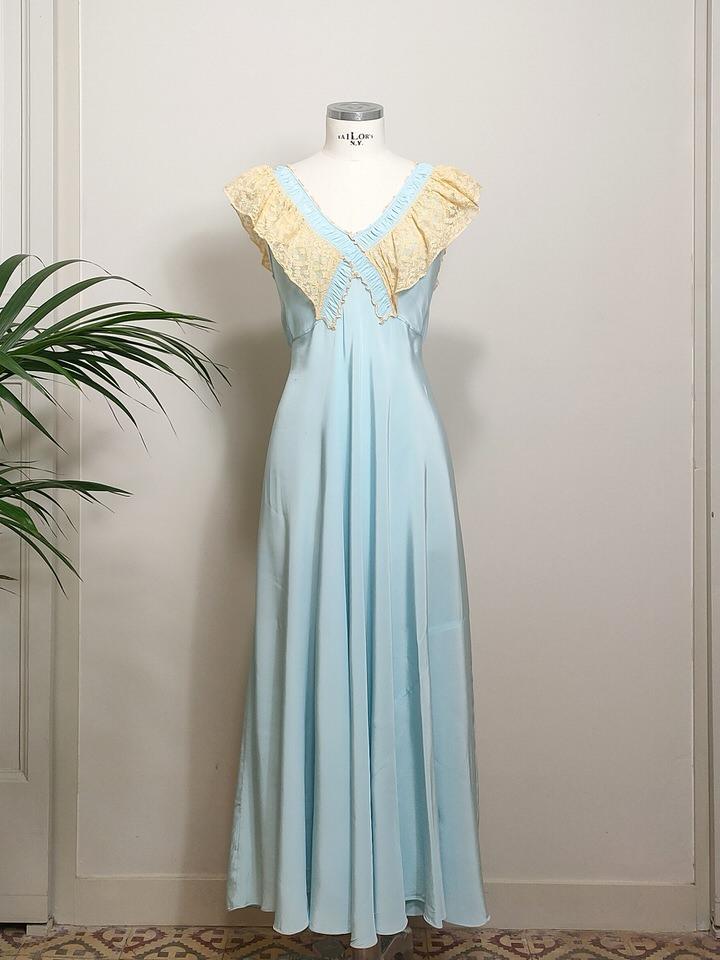 vestido-lencero-largo-seda-azul-04.jpg