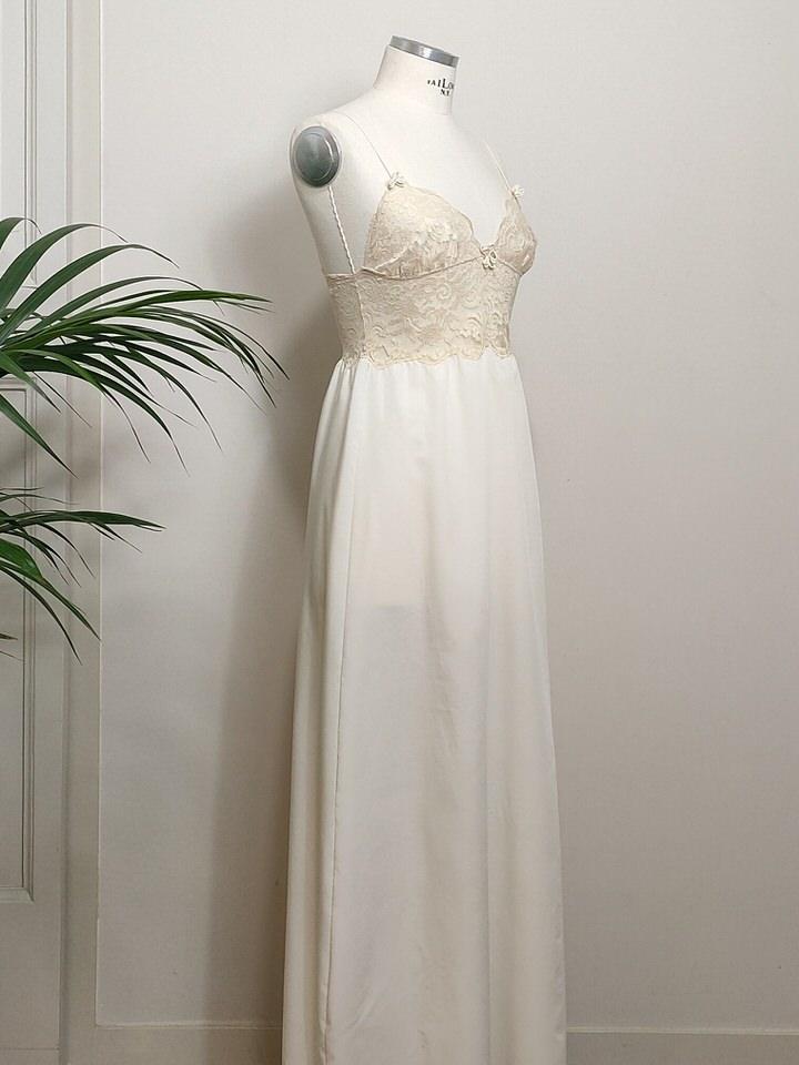 vintage-slip-dress-04.jpg