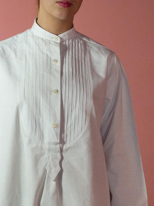 detalle-camisa-pechero