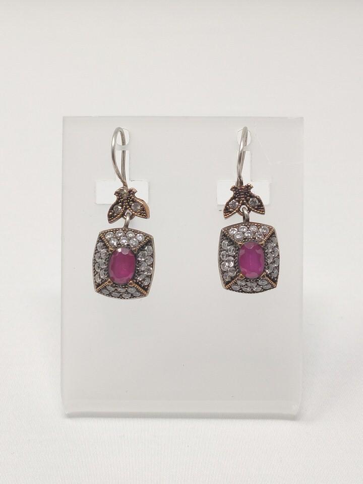 pendientes-isabelinos-rubies